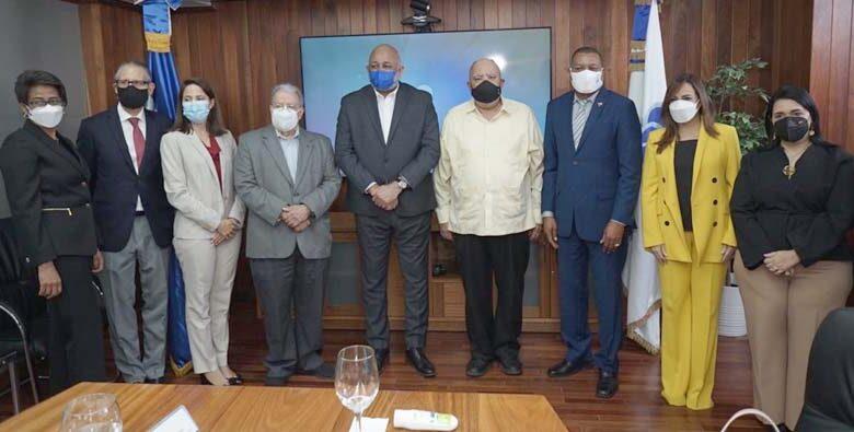 La Junta es presidida por el ministro de Educación-