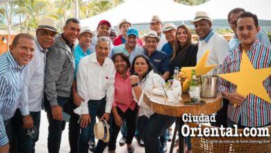 Vista parcial de los diputados que respaldan candidatura presidencial de Abel Martínez por el PLD