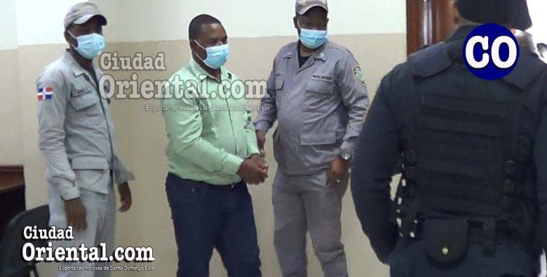 Aniel JN Louis (a) Blanco, puesto en custodia.