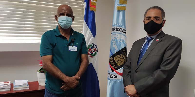 Robert Vargas, (i) y Nestor Julio Cruz Pichardo