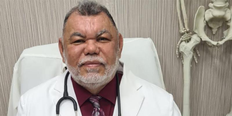Dr. Rafael Vásquez García.