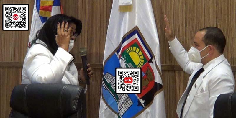 Ana Tejeda toma el juramento a Franklin Marte como presidente del Consejo 2021-2022