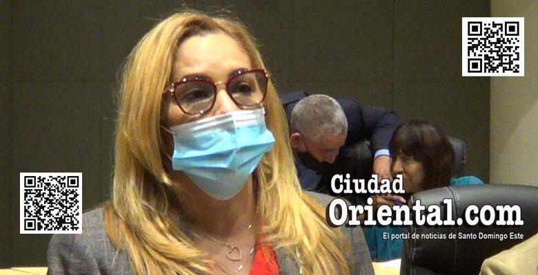 Regidora Isabel Pérez