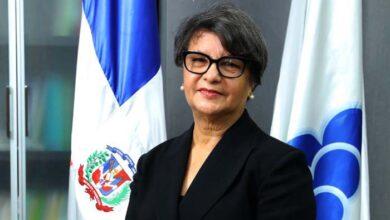 La Dra. Nurys Del Carmen González, directora del ISFODOSU.
