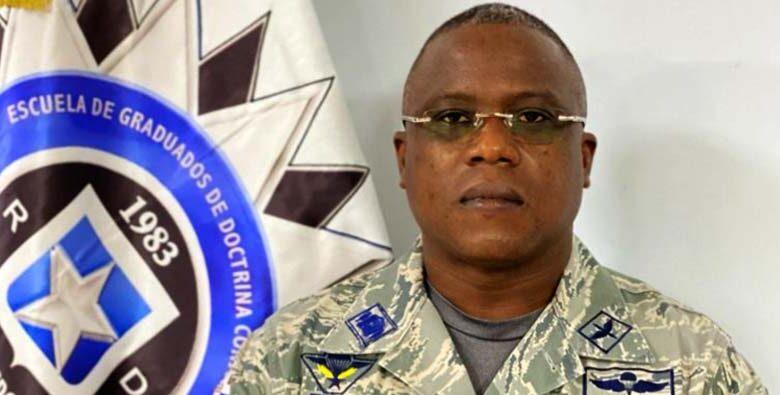 Natanael Vallejo Brioso, teniente coronel paracaidista FARD.