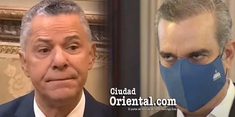 Manuel Jiménez (i) y Luis Abinader