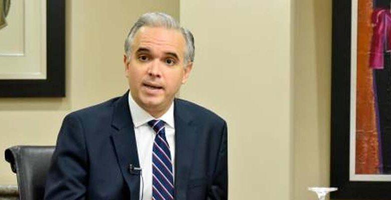 Miguel Angel Decamps / Ministro de Trabajo