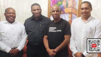 Desde la izquierda, Adán Peguero, Fernando Arturro Quiñones, Robert Vargas y Harlem Peguero.