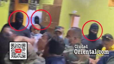 Hombres encapuchados enviados por el alcalde Manuel Jiménez contra ciudadanso en el Ensanche Ozama