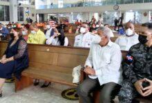 Apenas un puñado de personas acompañ+o a Manuel Jiménez en la celebración del XX aniversario de la fundación de SDE